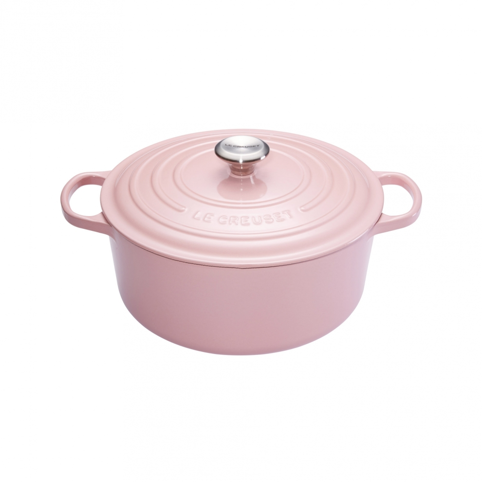 le creuset cocotte signature en fonte maill e ronde 26 cm rose chiffon pink 21177264014430. Black Bedroom Furniture Sets. Home Design Ideas