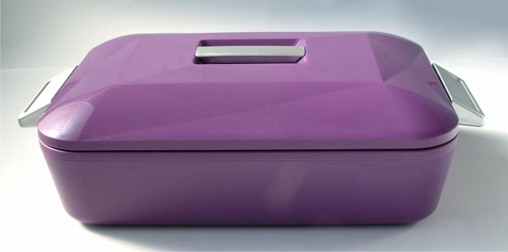 Enjoy porte plat isotherme rectangulaire 2 8 l aubergine for Porte isotherme interieur