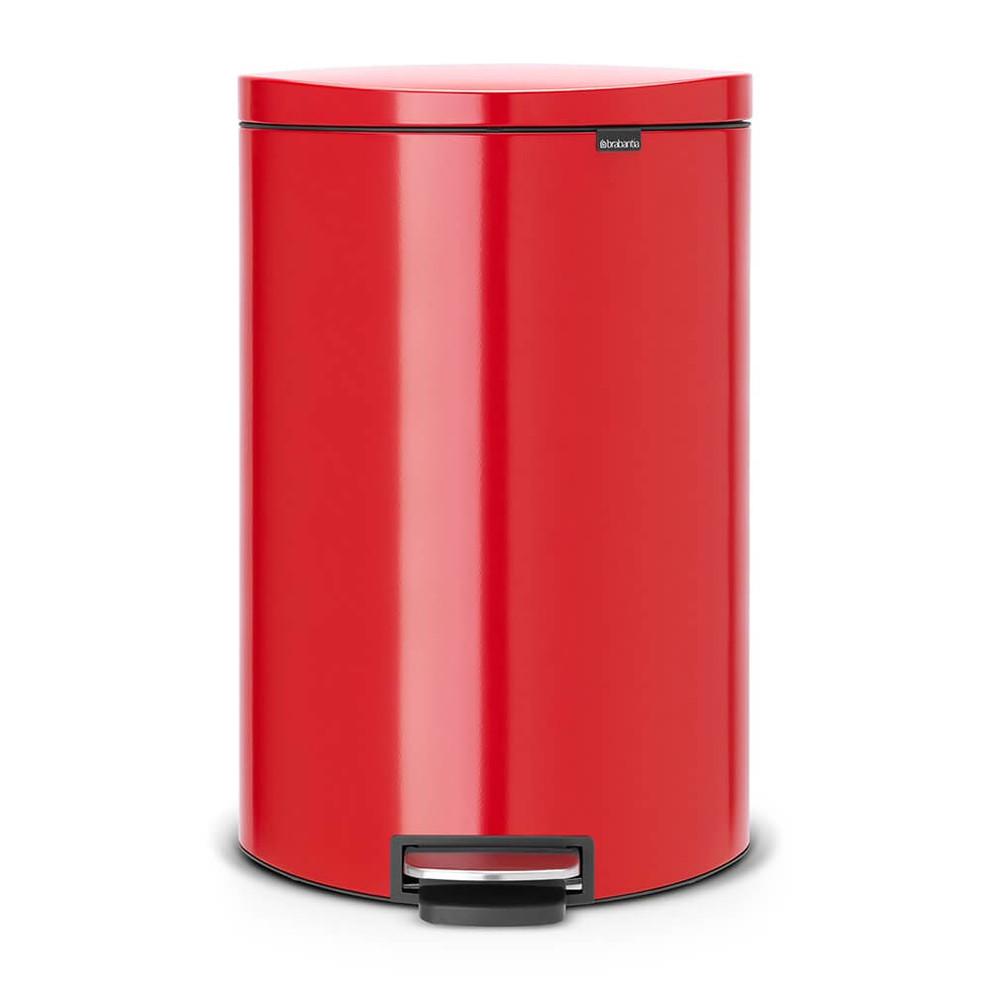 brabantia poubelle p dale 39 silent 39 gain de place flatback rouge 40 litres 48 52 20 48 52. Black Bedroom Furniture Sets. Home Design Ideas