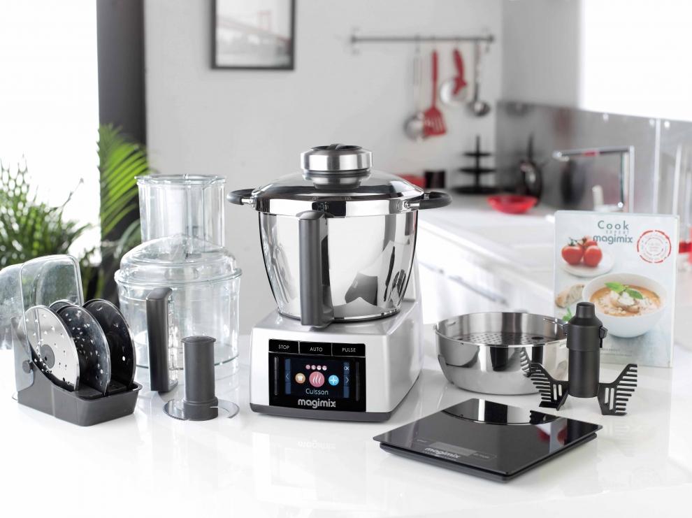 magimix robot cuiseur magimix cook expert chrom mat 18900 18900 achetez au meilleur prix. Black Bedroom Furniture Sets. Home Design Ideas